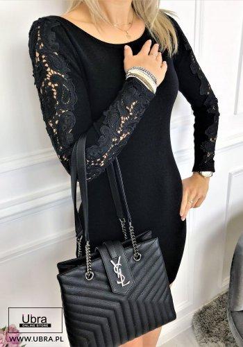 czarna, sukienka, dopasowana, dekolt okrągły, długie rękawy, zdobienia, koronka