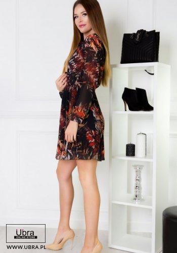 sukienka, czarna, tania, taliowana, dekolt wiązany, długi rękaw, wzór, rozkloszowana, jesień/zima