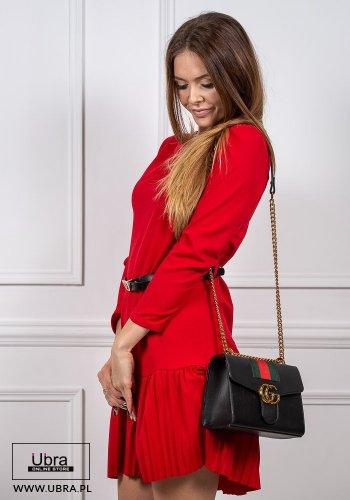 sukienka, tania, czerwona, długi rękaw, dekolt półokrągły, odcinana, plisowana, prosta, kobieca, pasek w talii