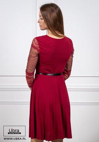 sukienka, bordowa, prosta, tania, rękaw 3/4, koronkowa, zdobiona, groszki, taliowana, wiązanie, kokarda, dekolt okrągły