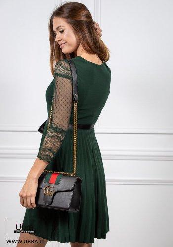sukienka, zielona, prosta, tania, rękaw 3/4, koronkowa, zdobiona, groszki, taliowana, wiązanie, kokarda, dekolt okrągły